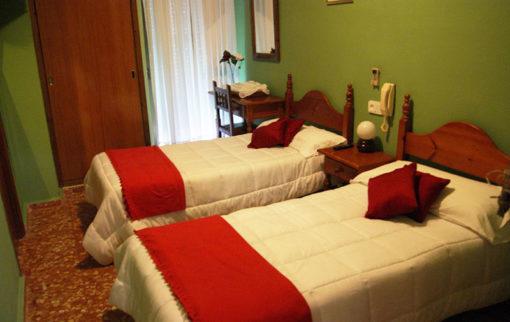 Habitación del Hotel Vázquez Díaz en Nerva,